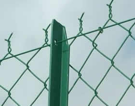 Ease of installation Metal Chain link Fencing Chain Link Fencing Do not obscure sunlight